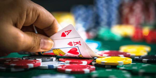 Combinações assassinas no pôquer usadas por profissionais